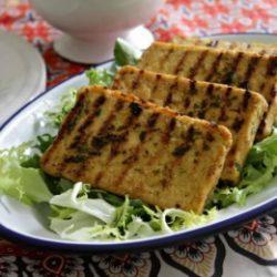Sült tofu citrommal és bazsalikommal
