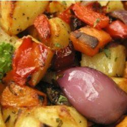 Ízesített sült zöldségek